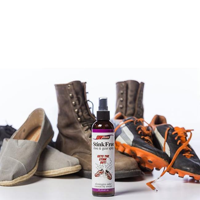 2Toms stinkfree spray eliminates odors caused by sweat